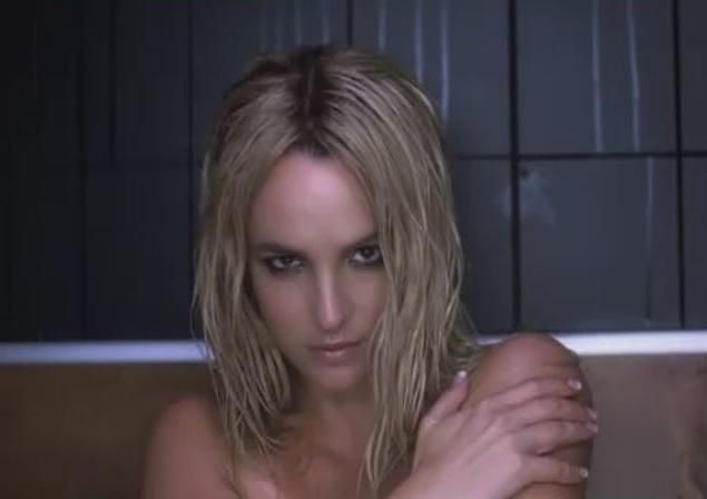 britney spears womanizer. (бесконечная прокрутка). слушать. (скачать). Britney Spears -...